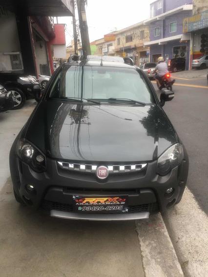 Fiat Strada 1.8 16v Adventure Mangalarga Cab. Dupla Flex 2p