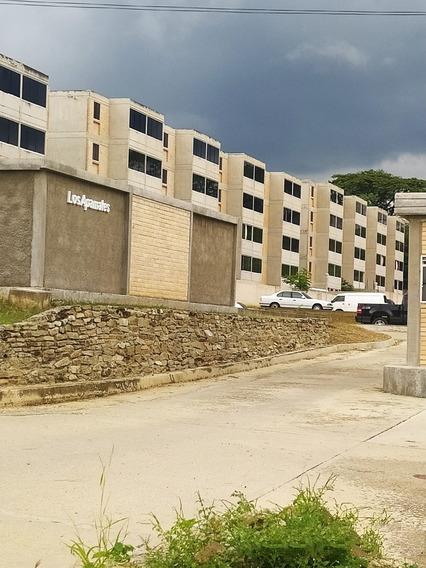 Apartamento En Venta Urb. La Colina Charallave