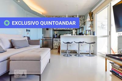 Apartamento No 19º Andar Mobiliado Com 1 Dormitório E 1 Garagem - Id: 892932488 - 232488