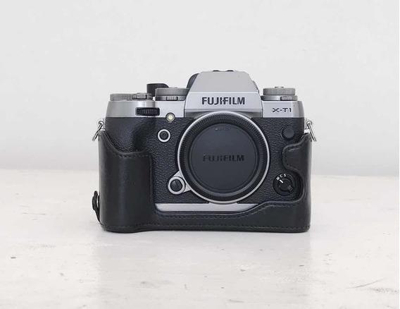 Fujifilm Xt1 + Case Couro + Battery Grip