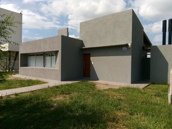 Casa A Estrenar 118 M2 Excelente Construcción