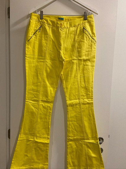 Calça Flare Amarela