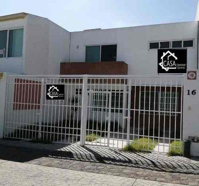 Rento Casa En Milenio Iii, 3 Recamaras, 2.5 Baños, Cochera 2 Autos, Bodega..