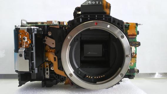 Canon 80 D ( Peça : Penta Prisma,cir. Força,cx. Do Espelho )