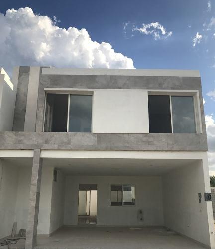Casa En Venta En Apodaca Rinconada Colonial Frente A Parque