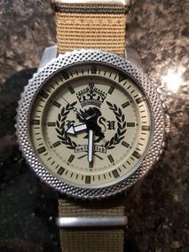 Relógio Marc Ecko Verde Com Pulseira Nato Dourada