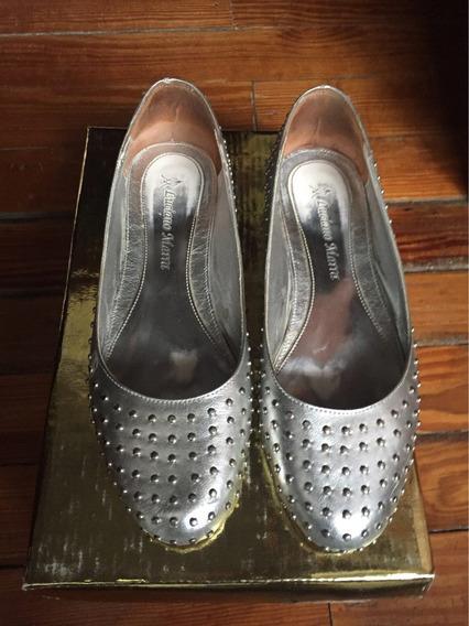 Zapatos Chatas Luciano Marra 36 Cuero Tachas Me Venden Off!!