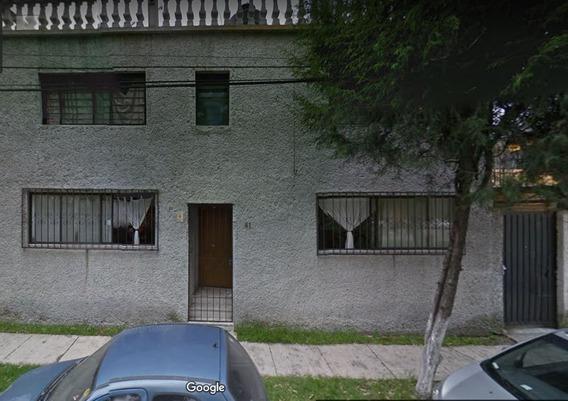 Remate Casa De 3 Recamaras En Jardines De Sta. Mónica