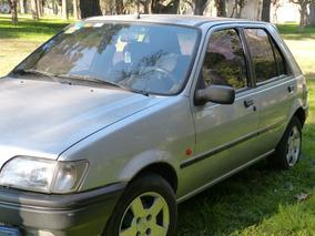 Vendo Hermoso Ford Fiesta 1.8 Cl D