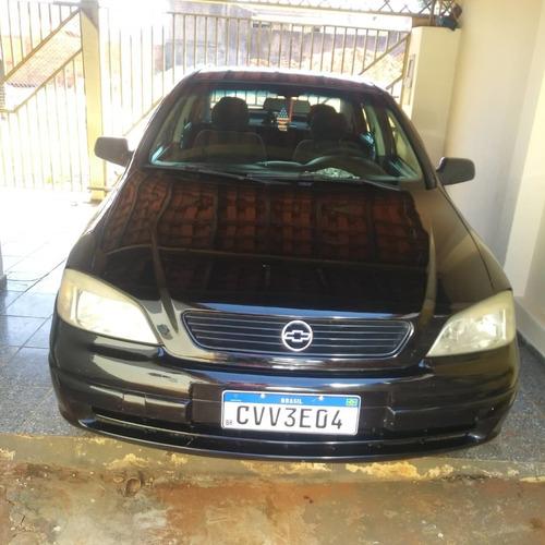 Imagem 1 de 4 de Chevrolet Astra Gl 1.8 4 Portas