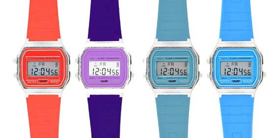 Reloj Retro Digital Colores