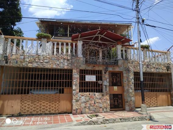Casa En Los Samanes, Maracay