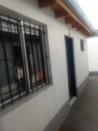 Venta Departamento En Isidro Casanova. 2 Ambientes Amplios