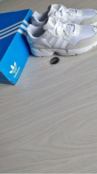 Tenis adidas Yung 96