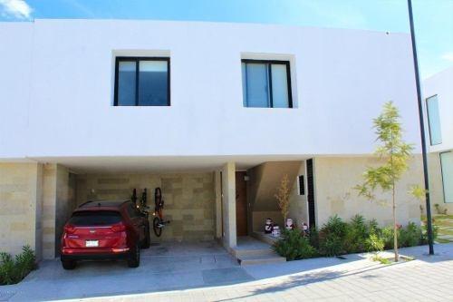 Casa En Renta En Zibata, El Marques, Rah-mx-20-158