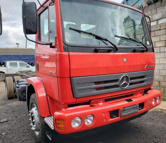 Mercedes-benz Atron 1719 4x2 Ano 2015/2016 Toco No Chassi