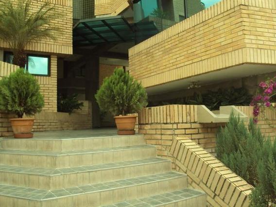 Dlc Apartamento Urb. La Soledad Cod:20-9098