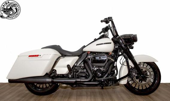 Harley Davidson - Touring Road King Special
