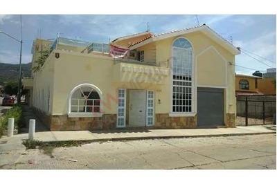 Residencia En Venta En Colonia Xamaipak, Tuxtla Gutierrez