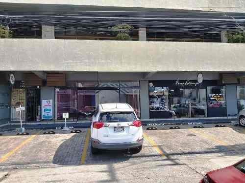 Local Comercial En Renta En Plaza Eulogio Parra Guadalajara