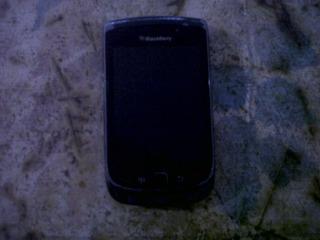 Telefono Blakberry 9800
