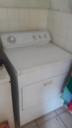 Secadora Marca Whirlpool Color Blanca
