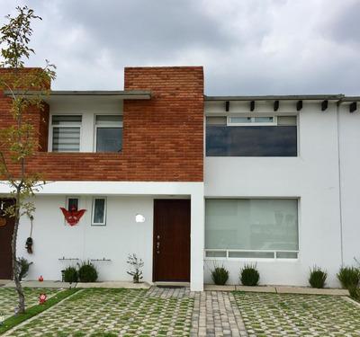 Se Vende Bonita Casa En Bosques De Las Fuentes Calimaya