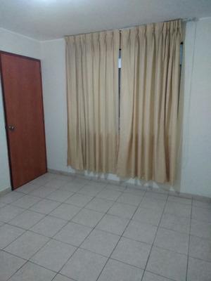 Alquiler De Habitación Con Baño Compartido