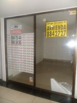 Locales En Arriendo/venta Centro 915-459