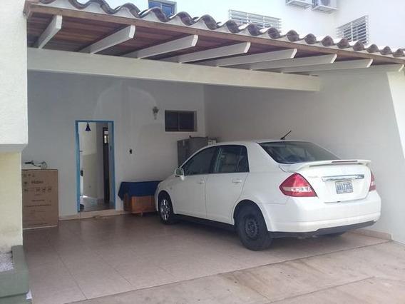 Casa En Venta El Pedregalrah: 19-5856