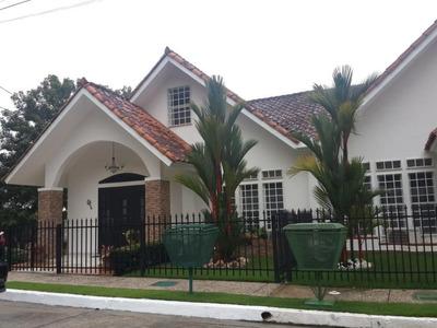 Se Vende Casa En Rufina Alfaro #18-8165 **hh**