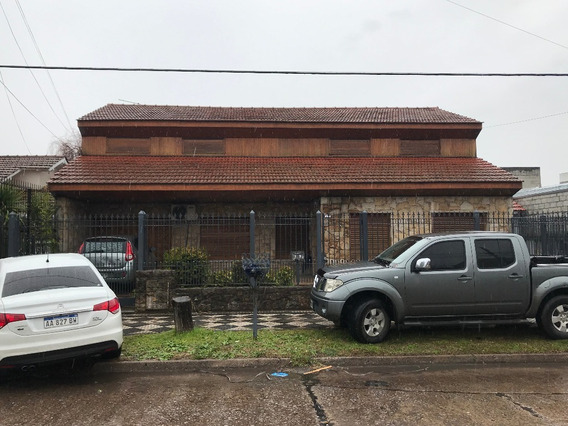Independencia 1300 - Monte Grande - Casas Casa - Alquiler