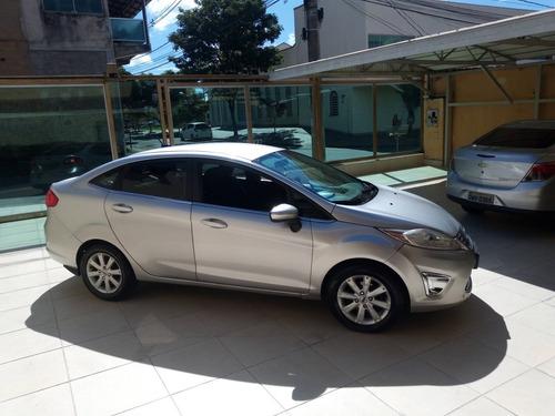 Imagem 1 de 12 de New Fiesta Sedan 2011 1.6 16v Se Flex