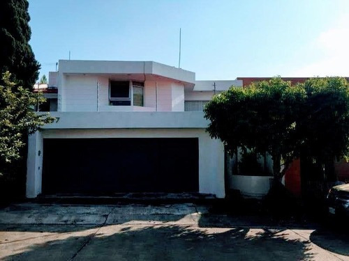 Casa Sola En Venta En Bugambilias, Zapopan, Jalisco