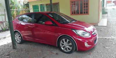 Hyundai Accent Hashback Automático