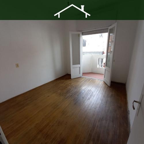 Imagen 1 de 12 de Alquiler Apartamento 2 Dormitorios Cordón Montevideo R