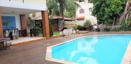 Linda Casa Em Condomínio De Alto Padrão, Em Camboinhas. - Ca0805