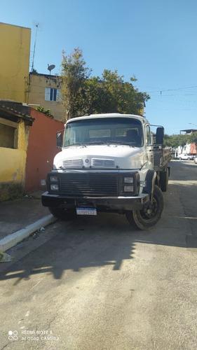 Imagem 1 de 5 de Caminhão 1513