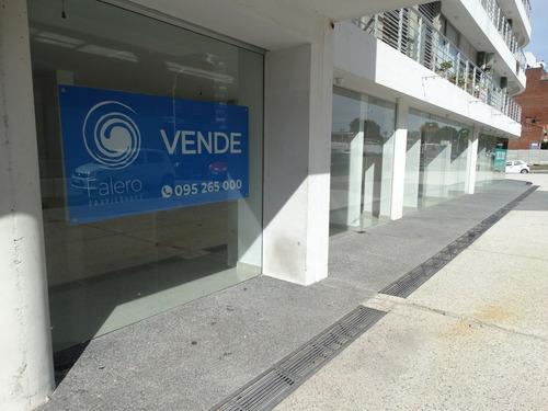 Local Comercial, Proximo A Avda. Italia!!!