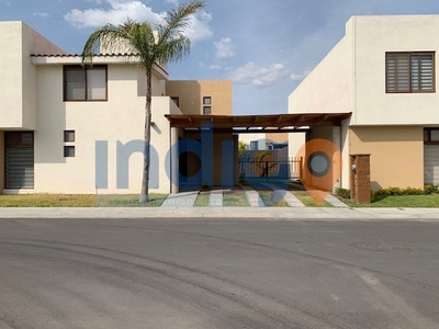 Casa En Renta Puerta Real Ii