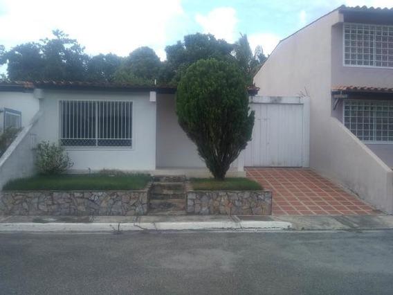 Casa En Venta Barquisimeto Este 20-2183 Rahco