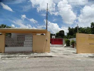 Casa Con Sala De Fiestas Y Alberca En Venta En San Nicolas Del Norte, Mérida
