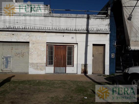 Venta De Casa 3 Ambientes Con Local En Bernal Oeste (25618)