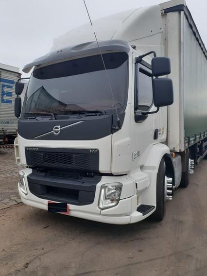 Volvo Vm 330 8x2 2018 Sider / Baú Alumínio