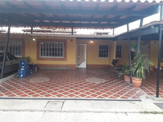 Casa En Venta En Valle De Oro Recibe Vehiculo Mg