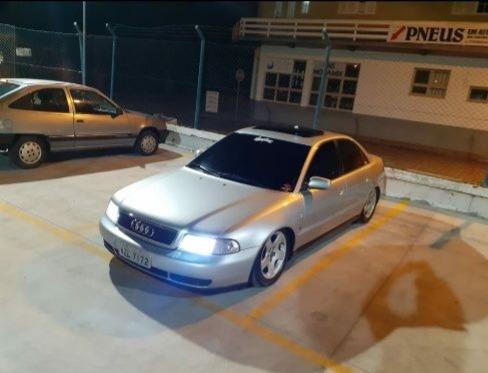 Audi A4 2.8 V6 At