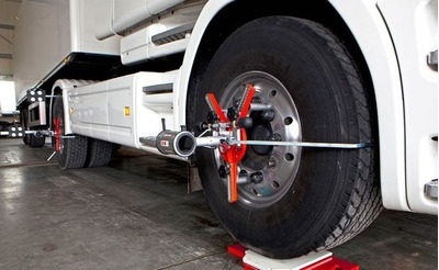 Servicio Para Camiones Alineación Balanceo Reparaciones