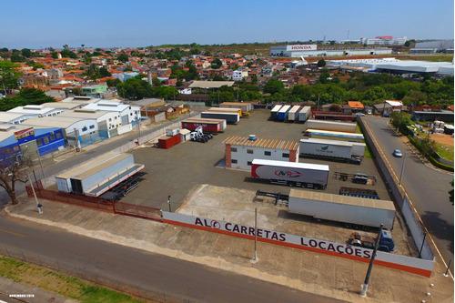 Aluguel Carreta / Locação De Carreta / Estacionamento