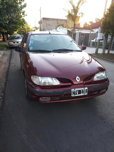 Renault Megane 1999 1.6 Rt