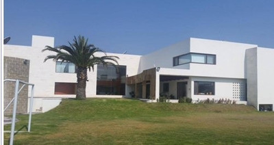 ¡¡ Hermosa Casa En Venta O Renta Ubicada En Balcones De Juriquilla !!